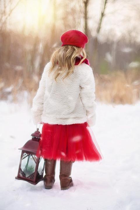 little-girl-628144_960_720