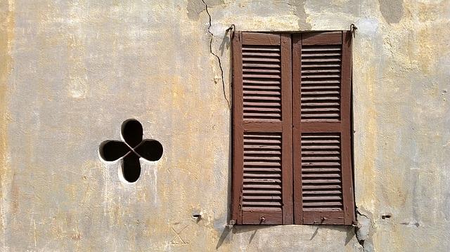 window-189705_640